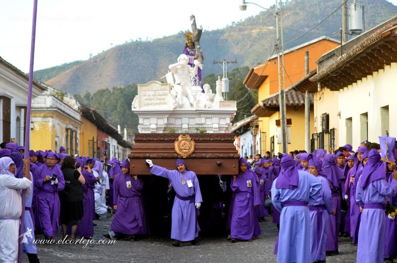 Jesús Nazareno de Jocotenango. Foto de la página hermana: elcortejo.com